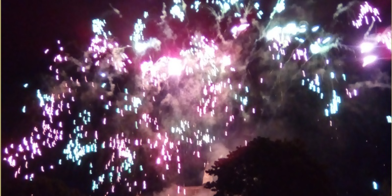 You are currently viewing Feu d'artifice à Montrouge