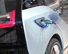 Déploiement d'offres de service de recharge pour véhicule hybrides et électriques à Montrouge